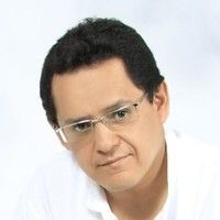 "<a style=""color:#F9C804AB"" target=_blank href=""https://www.linkedin.com/in/pedro-ar%C3%A9valo-mart%C3%ADnez-97281434/"">Pedro Arévalo</a>"